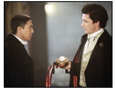 shanghai-knights-movie-still-donnie-yen-and-aidan-gillen_1704751-400x305